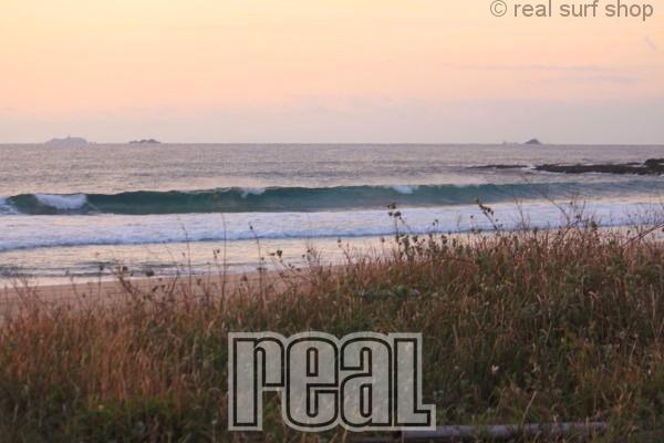 波は残ってますが、セットはワイドなダンパー。