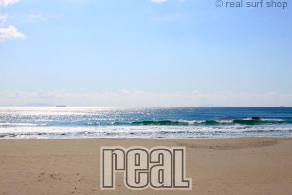 晴れて静かな海。