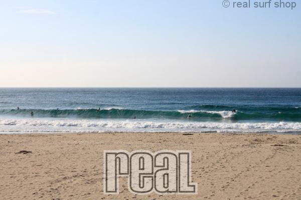 昨日よりも波はありますが、速いブレイク。