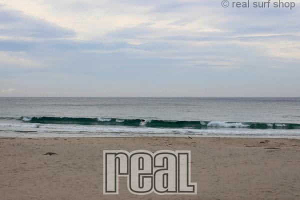 波は続いてます。
