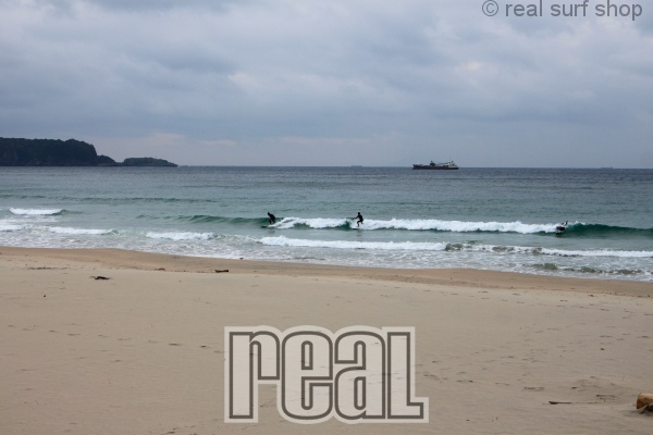 波は少しダウン … 。