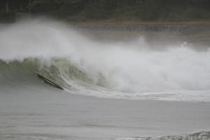 大きな波のコンディション